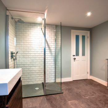 L-Shape Dormer Conversion shower room