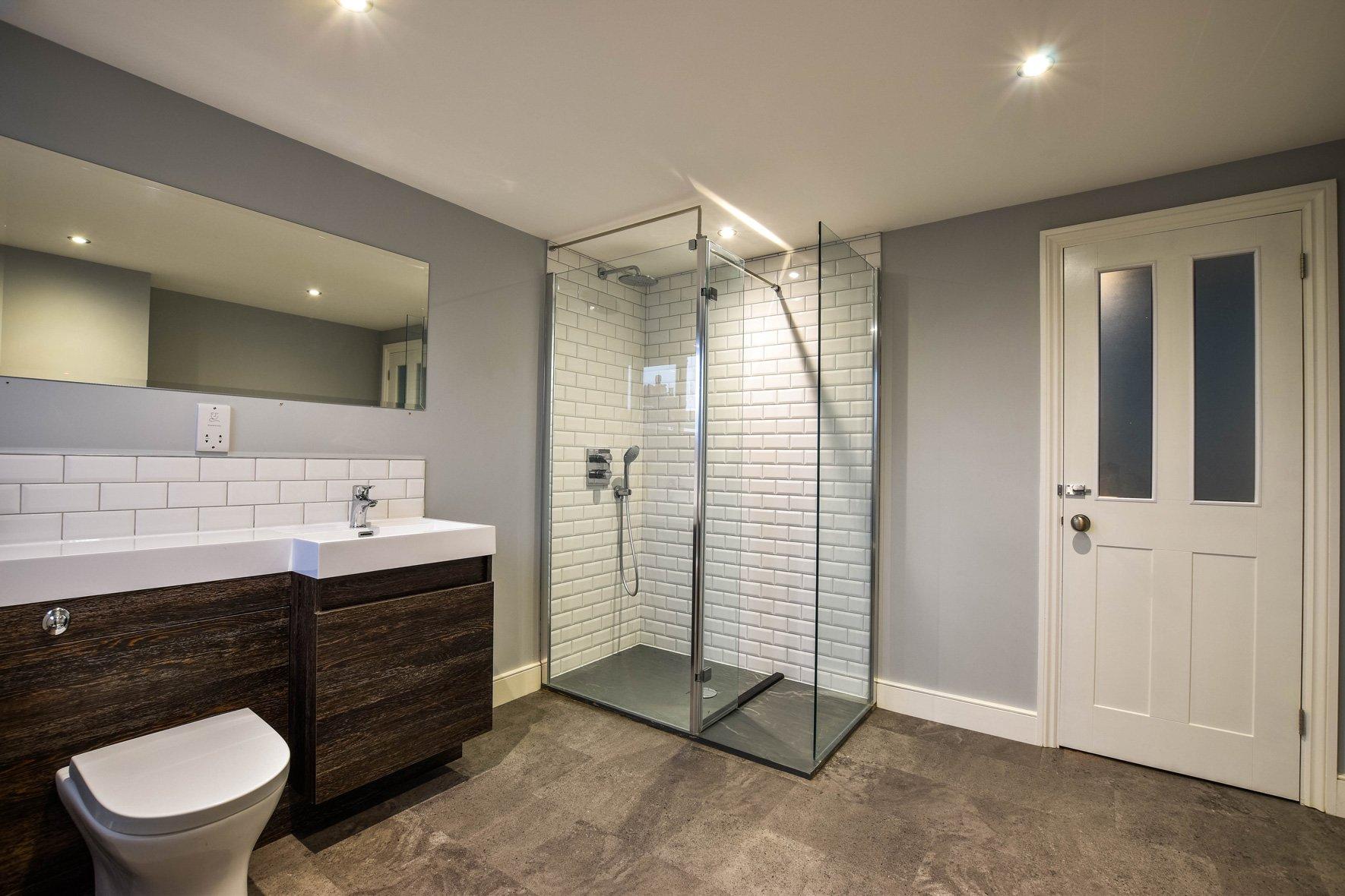 L-Shape Dormer Conversion shower